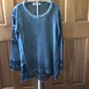 Simply Couture M Grey Lace Top Tunic